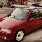 Así le ha quedado su Peugeot 106 con nuestros aletines a nuestro cliente. #fenderflares #aletines #peugot106 #fibra #fibradevidro