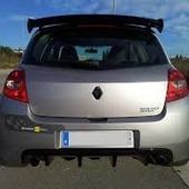 ALERON CLIO 3 SPORT RS EN FIBRA Alerón Renault Clio IIIRS, fabricado en fibra. Réplica de gran calidad, casi imposible de diferenciar del original, acabado de gran calidad. #renault #renaultclio #RenaultClio3 #ALERON #spoiler